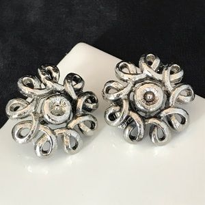 Vintage Earrings Silver Tone Clip On 2C
